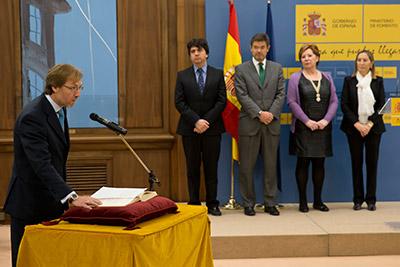 La ministra de Fomento preside la toma de posesión de Juan Van-Halen Rodríguez como director general de Arquitectura, Vivienda y Suelo