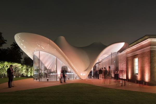 La arquitectura orgánica y sus estructuras dinámicas. Nuevas formas de construcción protagonistas de la CDW en Actiu