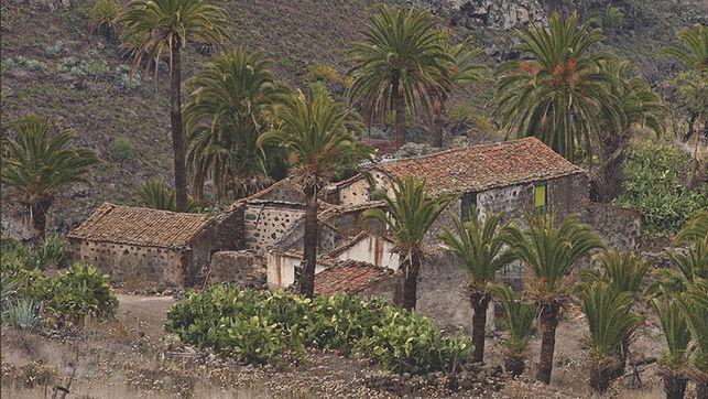 Portada de 'Arquitectura y Paisaje. La arquitectura tradicional en el medio rural de Canarias'.