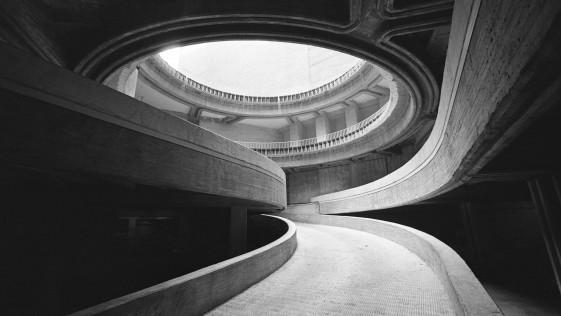 Fernando Higueras, Patronato de casas militares, Madrid, 1967. Arquitectos: Fernando Higueras y Antonio Miró (proyecto). (Fotografía: ©Fundación Fernando Higueras)