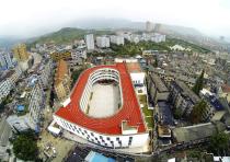 Escuela primaria Tiantai No.2 / LYCS Architecture